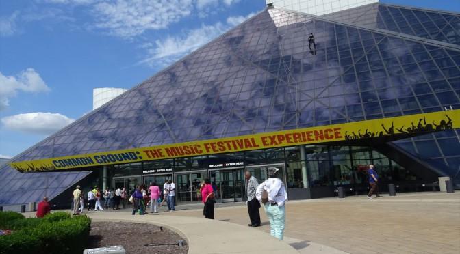 クリーブランド観光スポット The Rock and Roll Hall of Fame and Museum