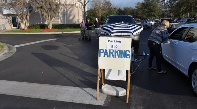 デイトナ500観戦 周辺の駐車場について