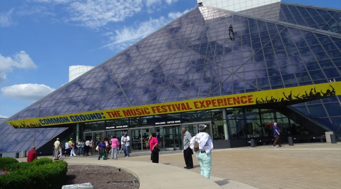 クリーブランド観光スポット The Rock and Roll Hall of Fame and Museum