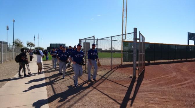 アリゾナ州サプライズでのテキサス・レンジャーズのスプリングトレーニング観戦